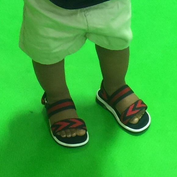 12471268b Gucci Shoes | Toddler Chevron Leather Sandal | Poshmark